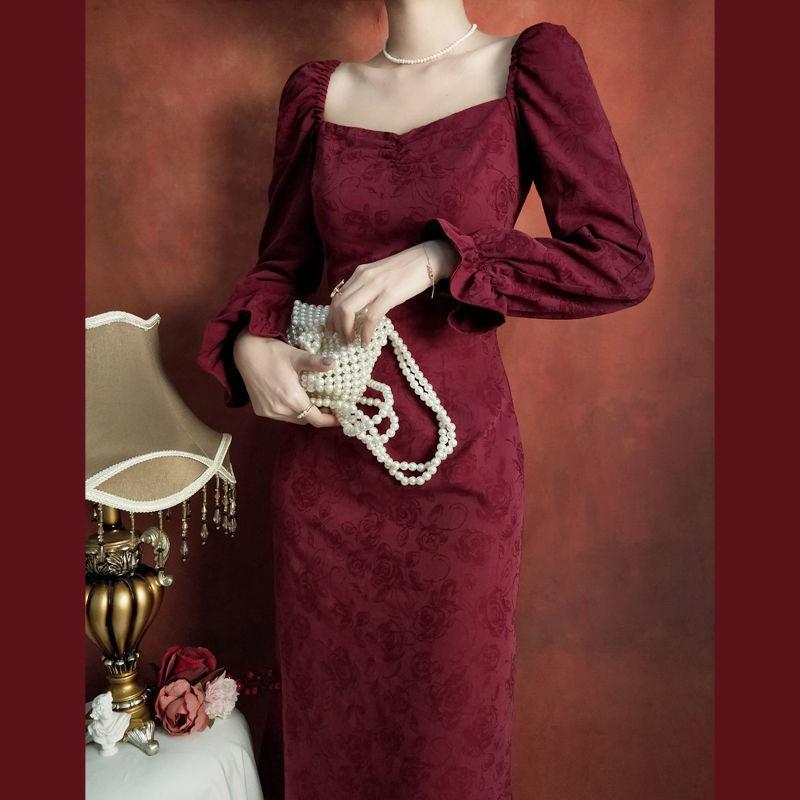 貝拉小姐正韓洋裝 法式復古酒紅色黑色長袖洋裝 性感方領一字領赫本宮廷風修身顯瘦氣質小禮服長裙