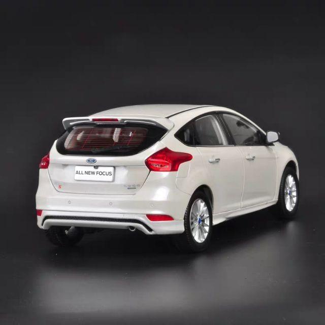 蝦皮最低價🔥1:18 1/18 Ford Focus MK3 MK3.5 RS 合金模型車 金屬模型車 玩具車 收藏