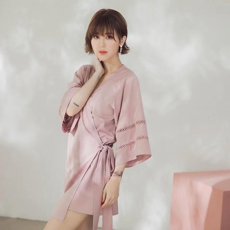 [ASPEED] 粉色誘惑緞面罩衫