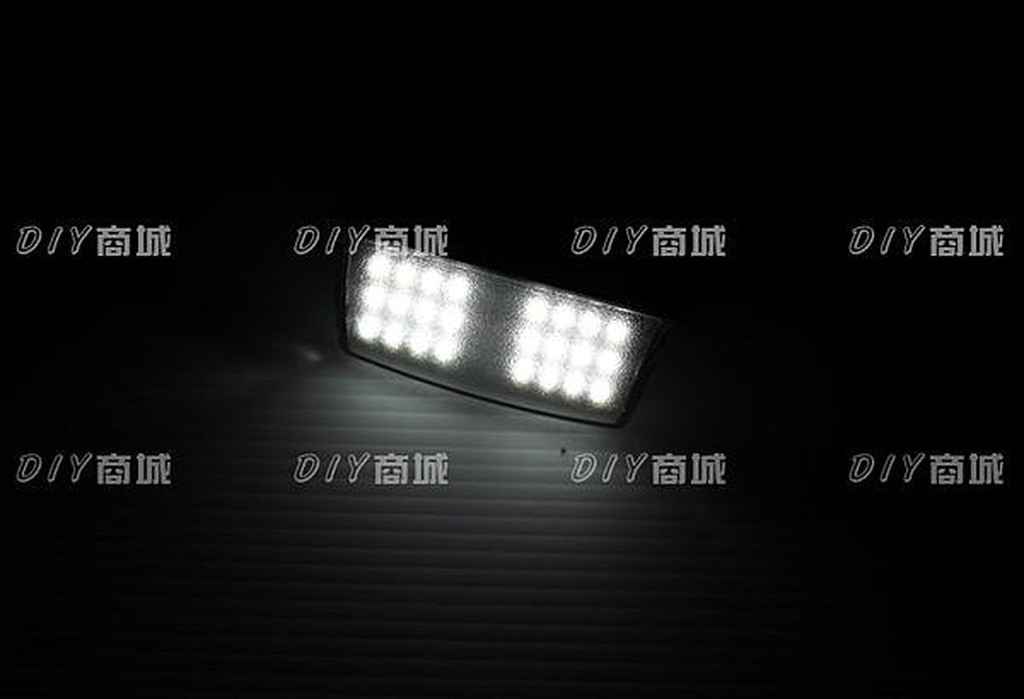 DIY商城 豐田 TOYOTA PREVIA 專用牌照燈總成 超亮款