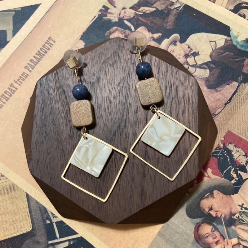 韓 木質拼石紋壓克力垂墜耳環