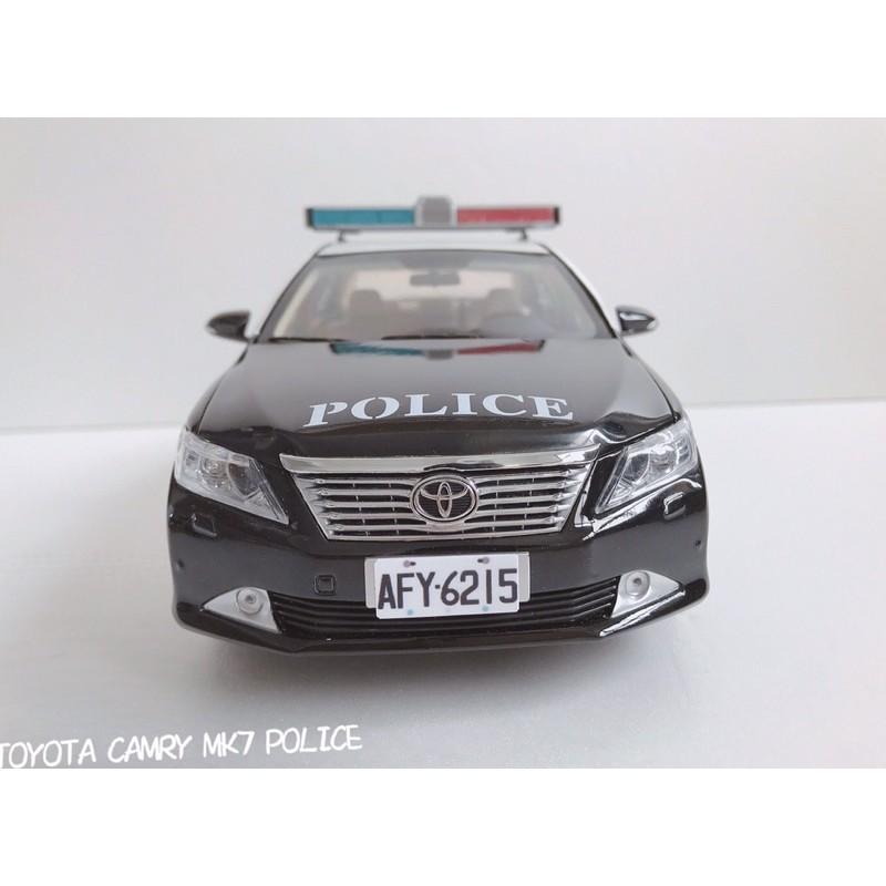 BuyCar模型車庫 1:18 Toyota Camry 7代 警車 模型車