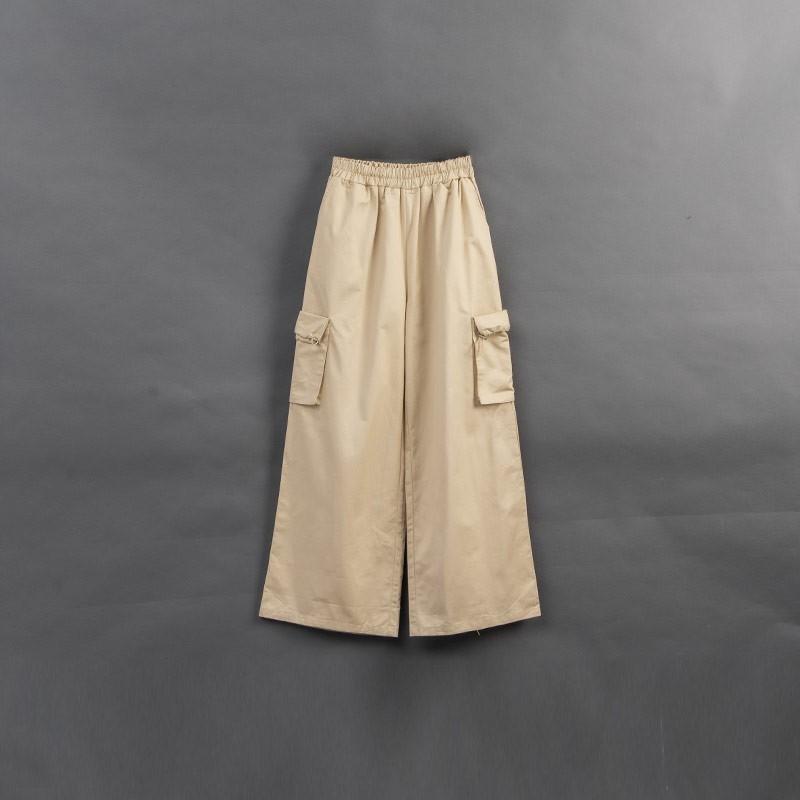 QUEENSHOP_ S 鬆緊設計棉質口袋寬褲 1/2/3 現+預【04110358】