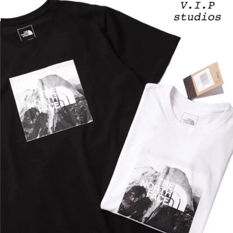 《V.I.P》新款THE NORTH FACE 北臉 雪山短袖 T恤 男女款 黑白兩色 包裝吊牌齊全
