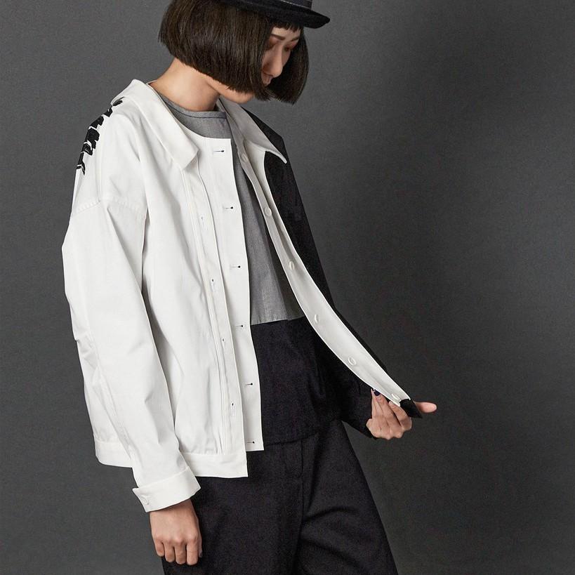 黑白配色落肩筆觸印花長袖夾克外套 兩色 疊穿感