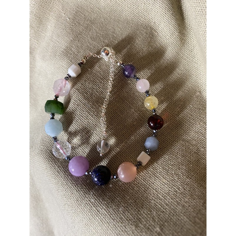 多寶手鍊🔮各式水晶 碧玉 太陽石 白松石 血珀 鈦赫茲 粉晶 白水晶 紫水晶 金髮晶 藍砂石 天然石手鏈