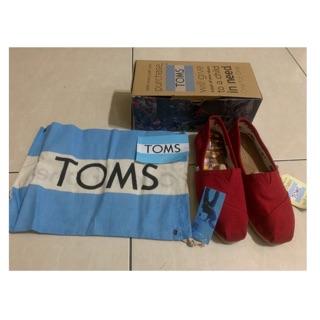 TOMS 基本款 紅鞋女孩 高雄市