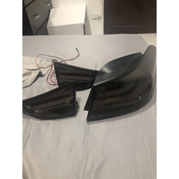 現代 12年elantra燻黑尾燈 三重自取便宜300