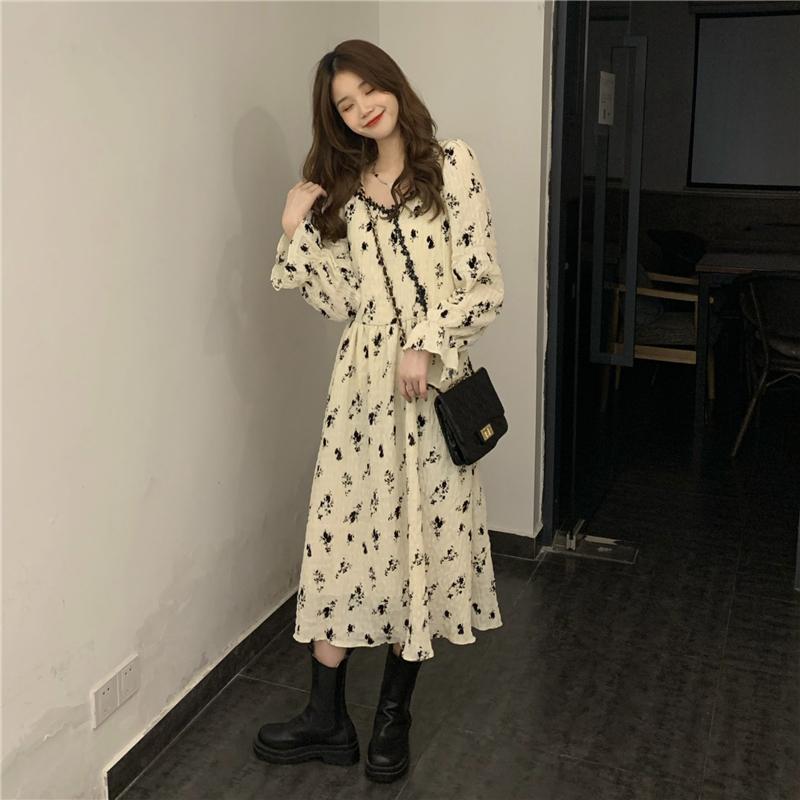 長袖洋裝 肌理感植絨褶皺雪紡裙高腰甜美蕾絲花邊法式洋裝