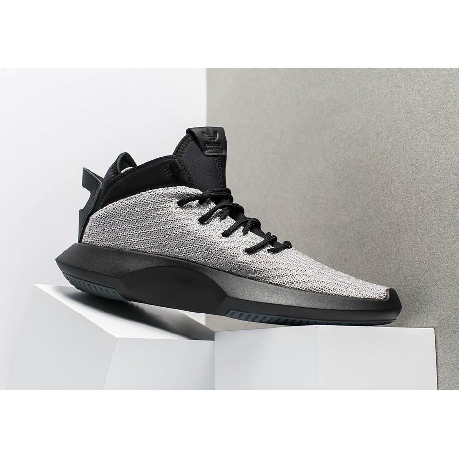 49ac9215b1c4 adidas Crazy 1 ADV Primeknit 針織複古百搭慢跑鞋男鞋深藍CQ0982