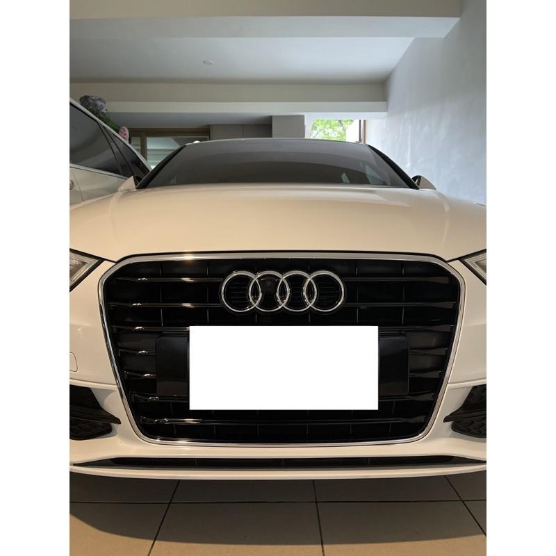 Audi A3 8V sline原廠水箱罩(中網)、方向盤(含氣囊)、後下擾流、排氣管尾段、原廠17吋鋁圈(含胎)一起賣