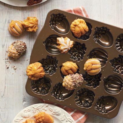 ~❤美國寶寶的衣櫥❤~(現貨)美國製Nordic Ware Autumn美國諾迪威 秋天橡實烤盤 美國製 16連烤模