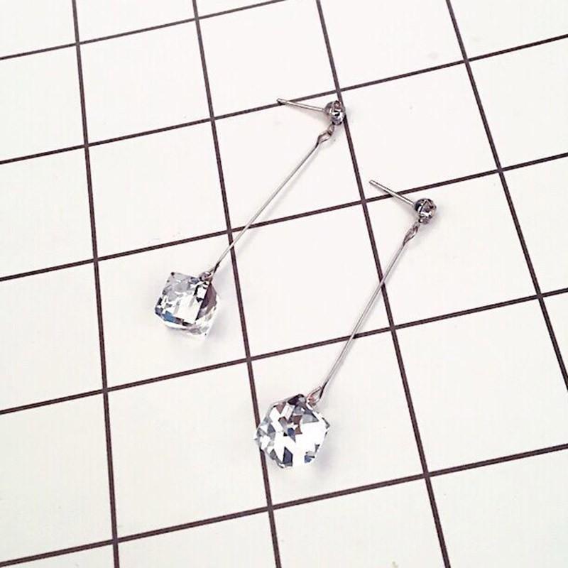 【現貨】實拍新款耳環 韓國氣質透亮正方形耳釘個性耳飾品水晶吊墜立體長款耳環女生