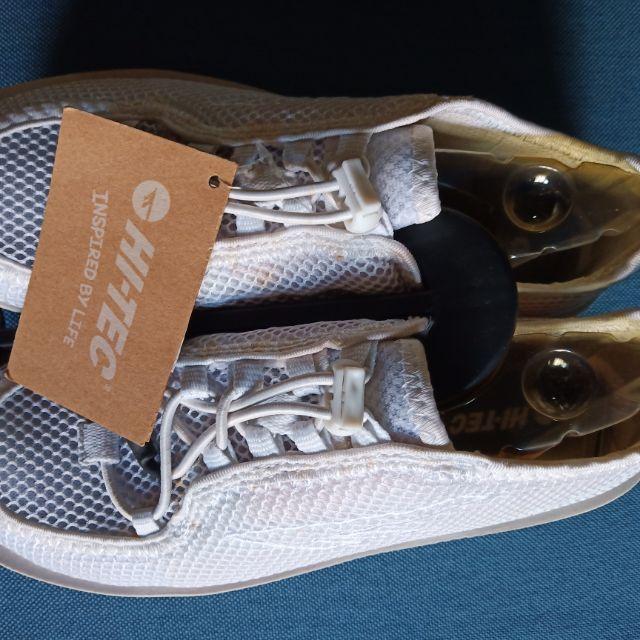 英國品牌-HI-TEC運動休閒鞋