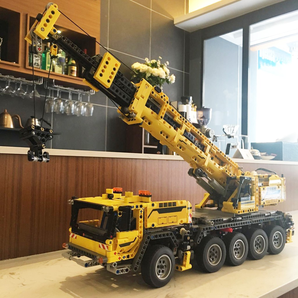 現貨免運- 樂拼20004 KING90004 科技系列 重機吊車 電動吊車 起重機 相容樂高42009 LEGO