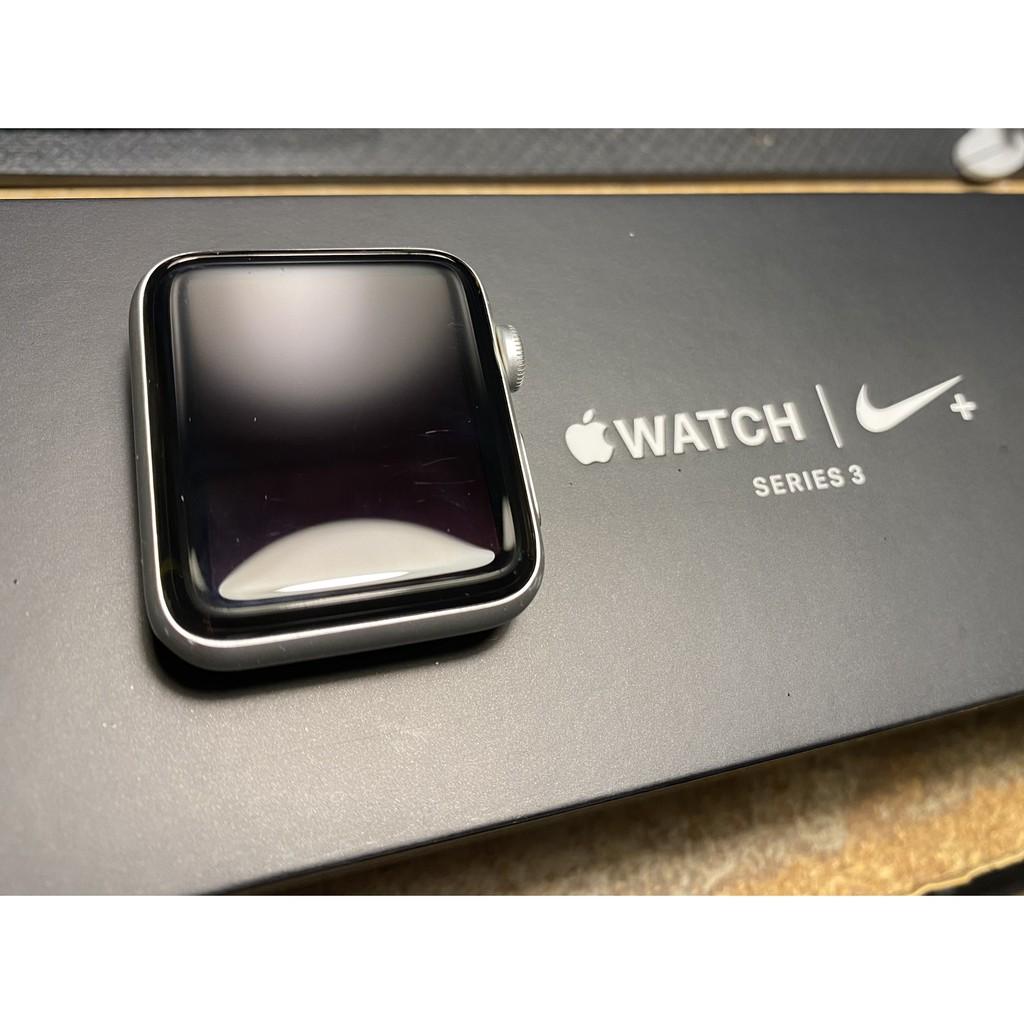【二手】Apple Watch Nike+ Series 3(GPS版)42 公釐銀色鋁金屬錶殼 無錶帶 無充電頭