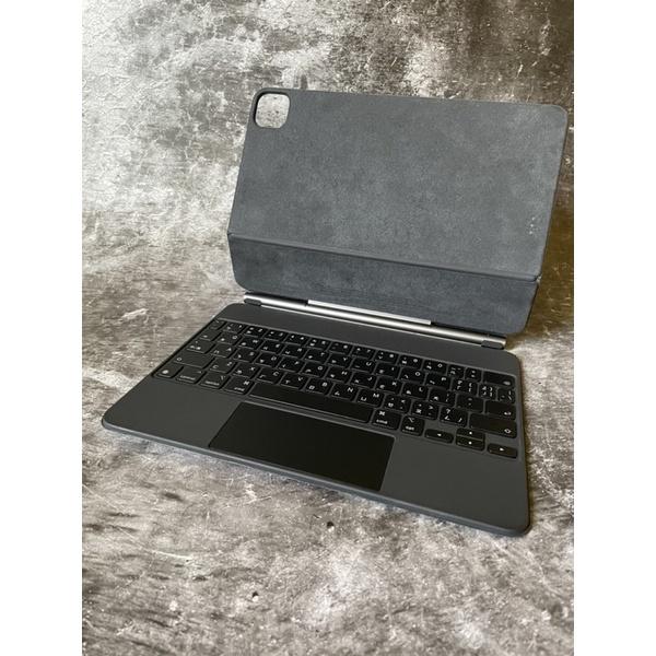 二手 外觀如新 APPLE 巧控鍵盤 iPad Pro 11 吋 (第2代) 中文(注音)