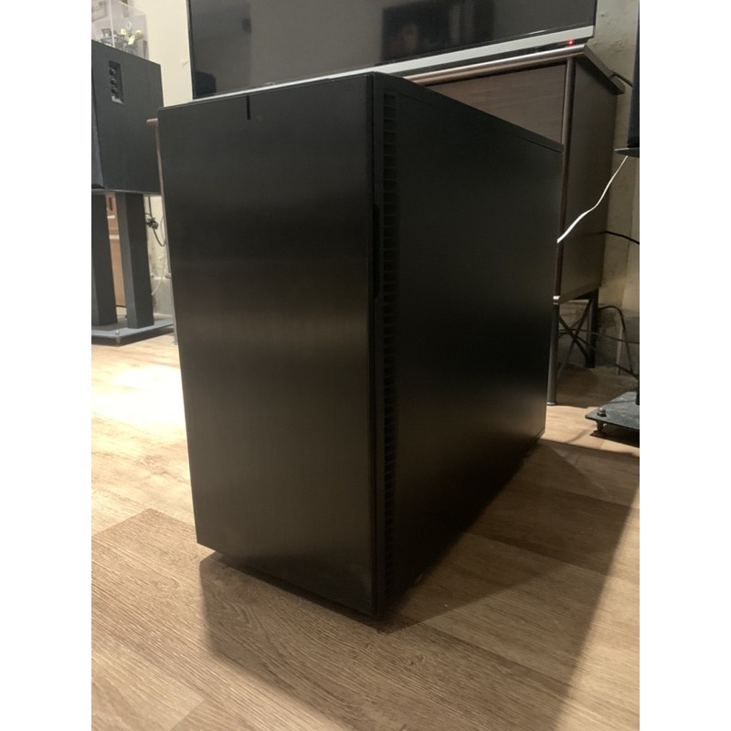 自組桌機 R5-1600/RX VEGA 64