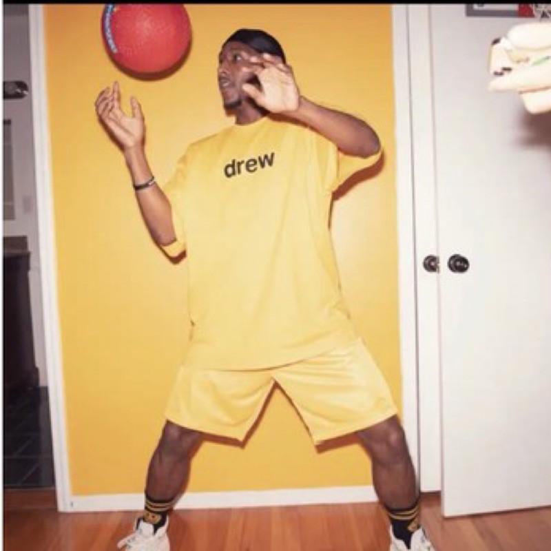 美國🇺🇸代購drew house 新色Justin Bieber  正品小賈斯汀 笑臉 潮流 街頭 短袖T恤 黃色