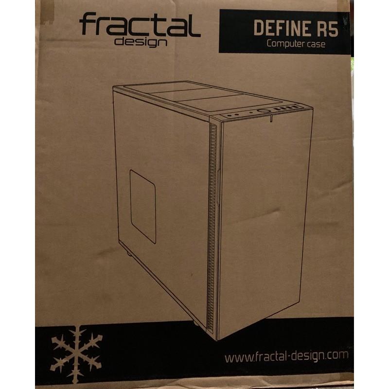 全新機殼 瑞典Fractal Design-Define R5 -超靜音/模組化/ATX電腦機殼/-白色/顯卡44cm