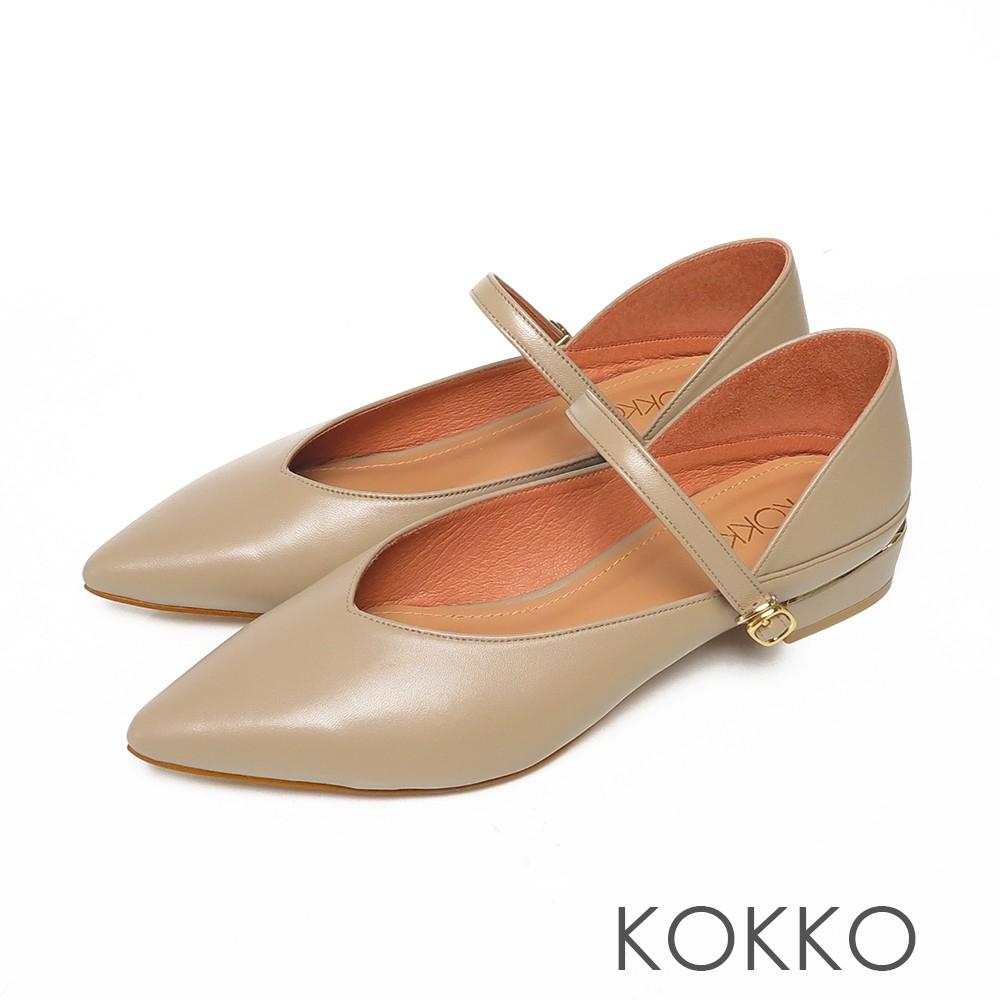 KOKKO經典尖頭柔軟小羊皮瑪莉珍粗跟鞋駝灰