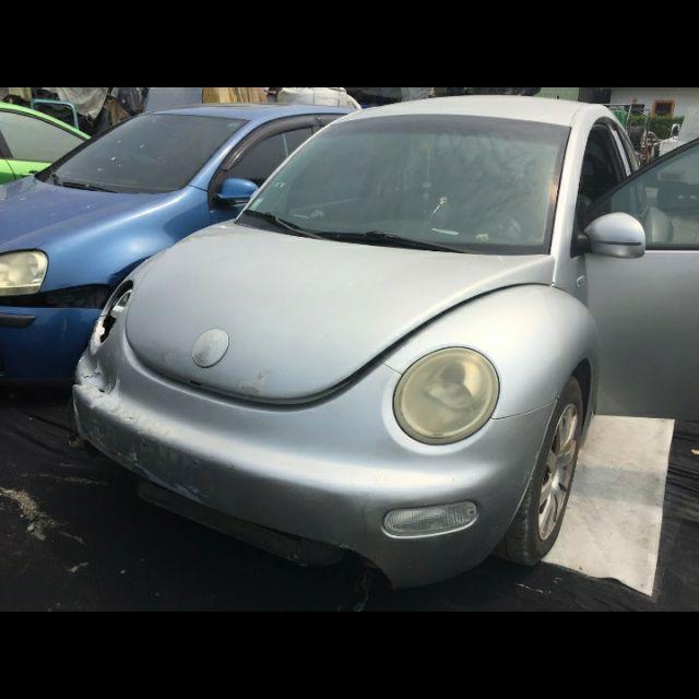 Vw 金龜車 beetle 全車拆賣 零件車後視鏡 葉子板方向盤 避震器 內裝 冷氣 飾板六角鎖 車窗 升降機開關 引擎