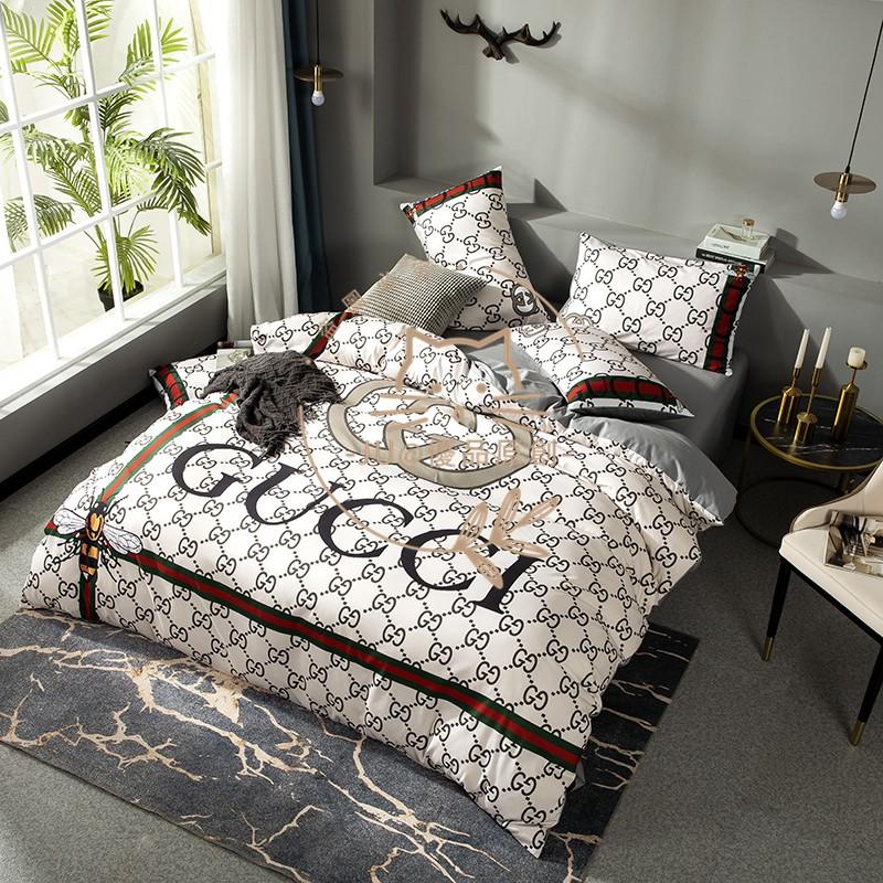 大牌新品 GUCCI圖案小蜜蜂床包組 古馳 Gucci 純棉床包組雙人/加大/特大/ 鬆緊帶/ 被套/ 枕套/ 床包