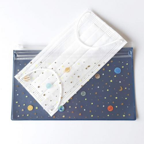 ˙TOMATO生活雜鋪˙日本進口北極熊刺蝟宇宙星空星座圖騰抗菌加工防水PVC雙層口罩夾鏈袋 收納袋附口罩(現貨+預購)