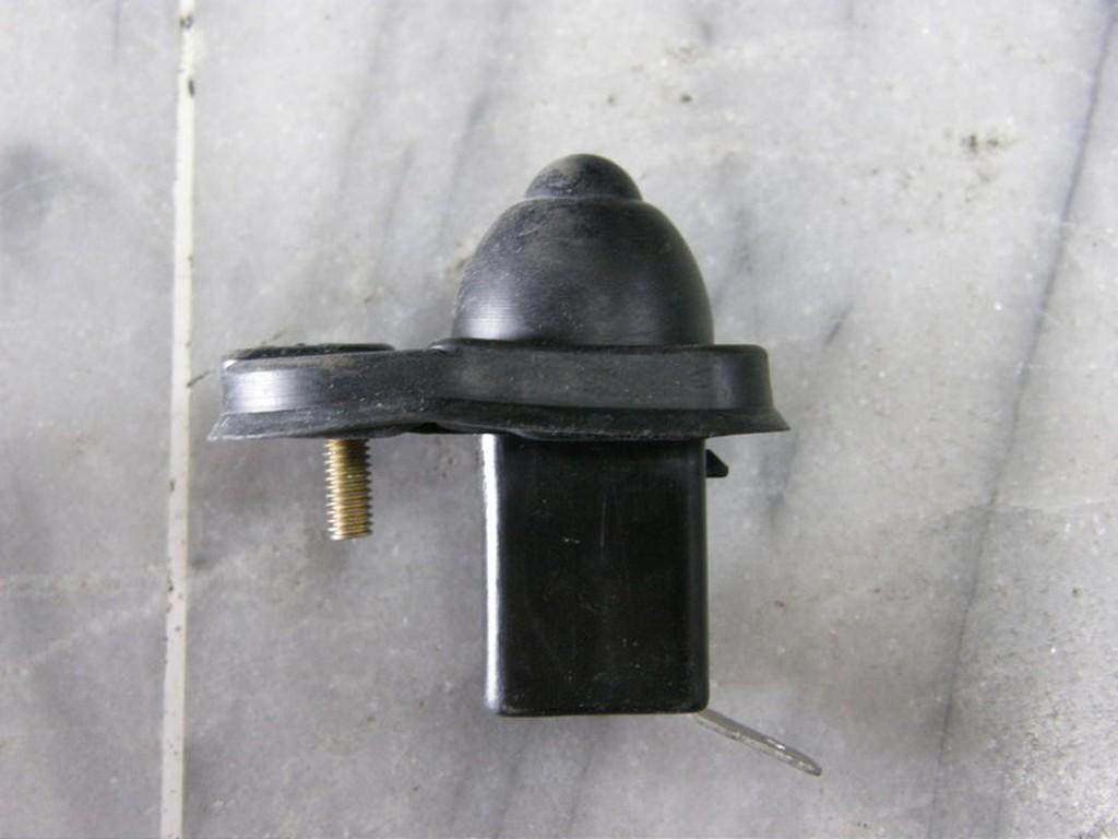 正廠 HONDA K6 K8 ACCORD 雅哥 K7 K9 車門開關 門燈開關 室內燈開關 其它UH,CRV 歡迎詢問