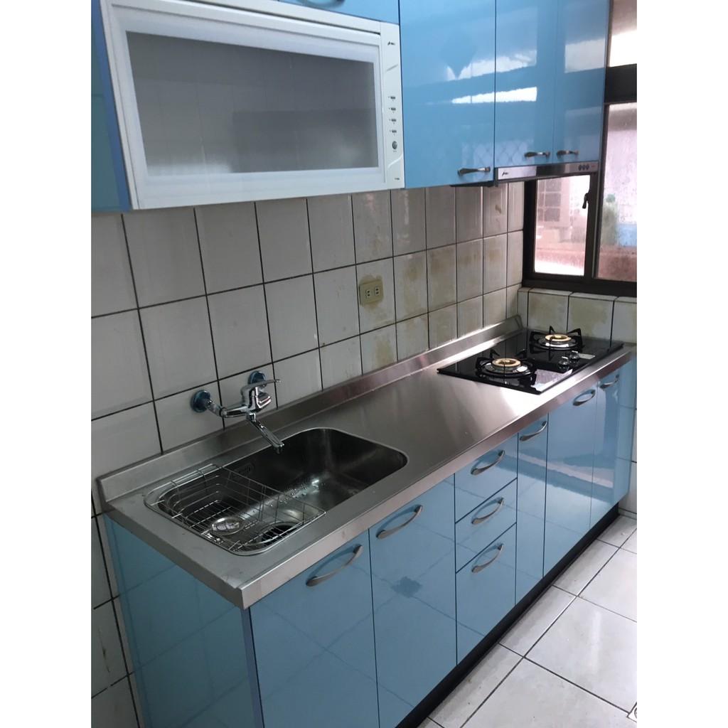感謝客戶的支持~ 優質廚具歡迎找晶潔 木芯桶+美耐門板+白鐵檯面220CM搭配豪山三機