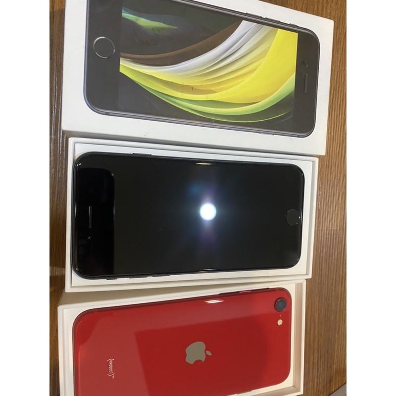 Iphone se 64g 黑色 二手 保固內 近全新 se2 2020 紅色128g