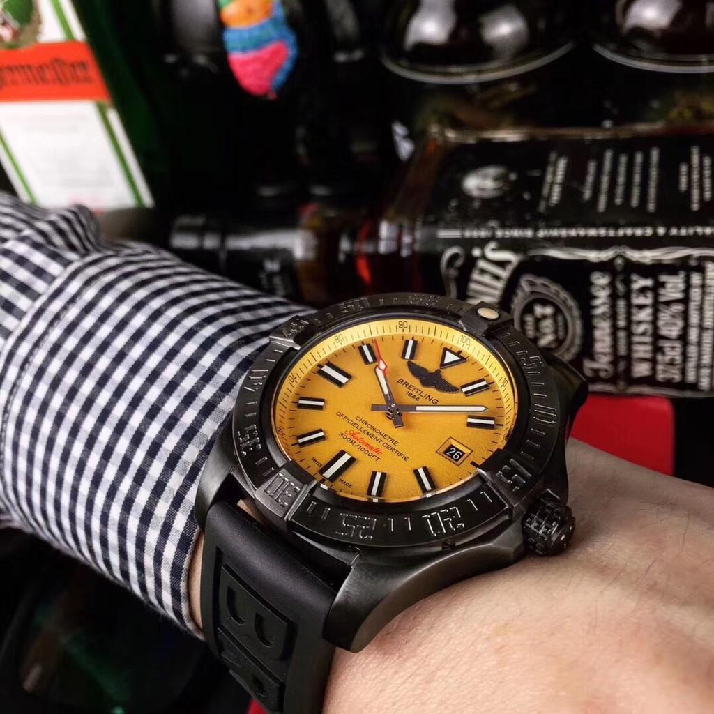 百年靈 Breitling 復仇者系列日本西鐵城機械 泰國橡樹膠帶 男士精品手表★