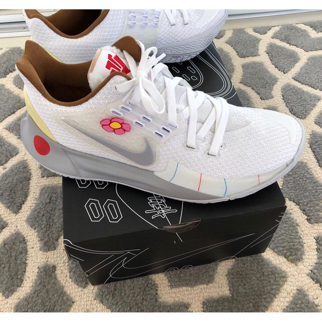 "Nike Kyrie Low 2 ""Sandy Cheeks""珊迪 男女鞋 慢跑鞋 CJ6953-100 正品"