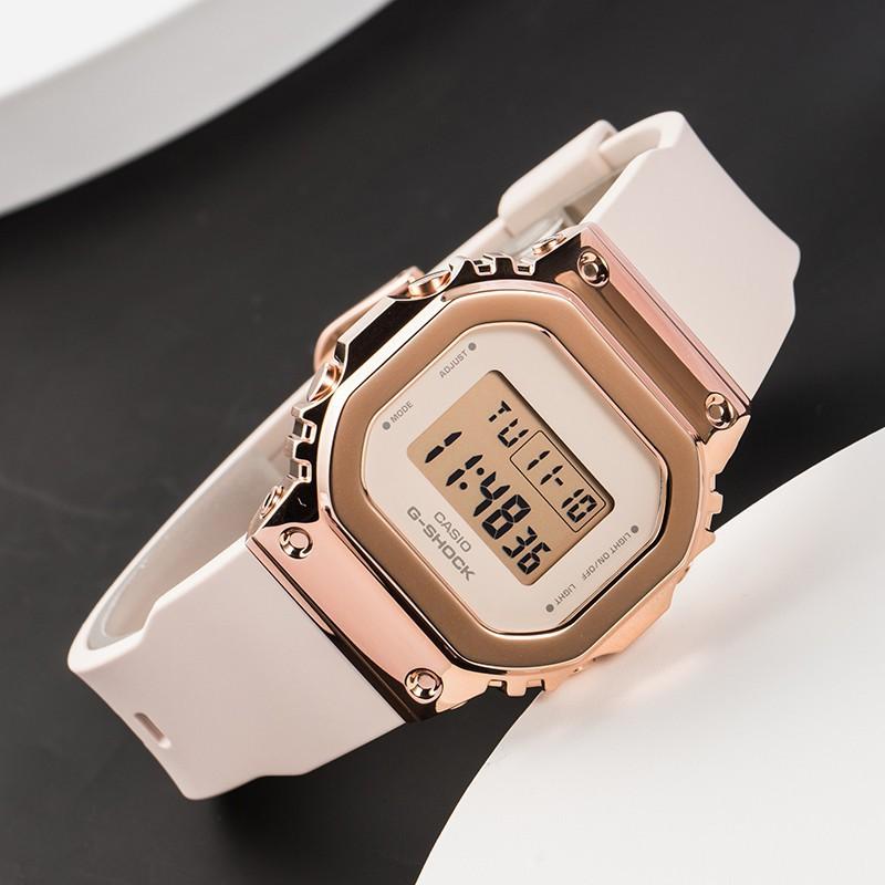 虧本下殺CASIO卡西歐手表男女學生表ins風復古金屬表殼小方塊GM-S5600PG-1透明款 純黑5600電子錶-Li