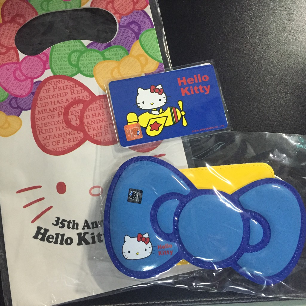 Hello kitty 悠遊卡 35週年紀念版 70經典款+蝴蝶結卡套