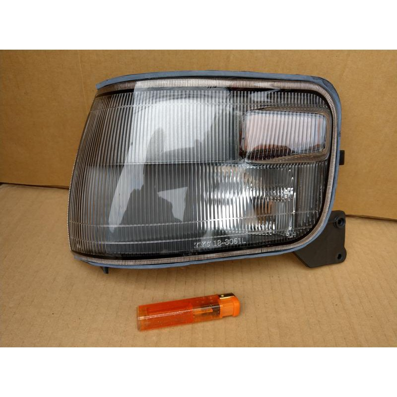 TNSK 三菱 DELICA 得利卡 DE 94 標準薰黑 角燈 方向燈 原廠型 單邊230元