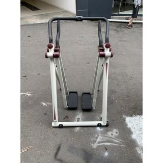 非凡二手家具【全館自取價 】腳踏搖擺機*運動用品*跑步機*踏步機*健身用品*走路機*有氧運動 臺中市