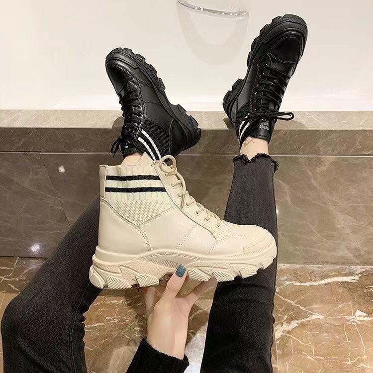 條紋配色精緻皮革橡膠底短靴✨(35~40碼)