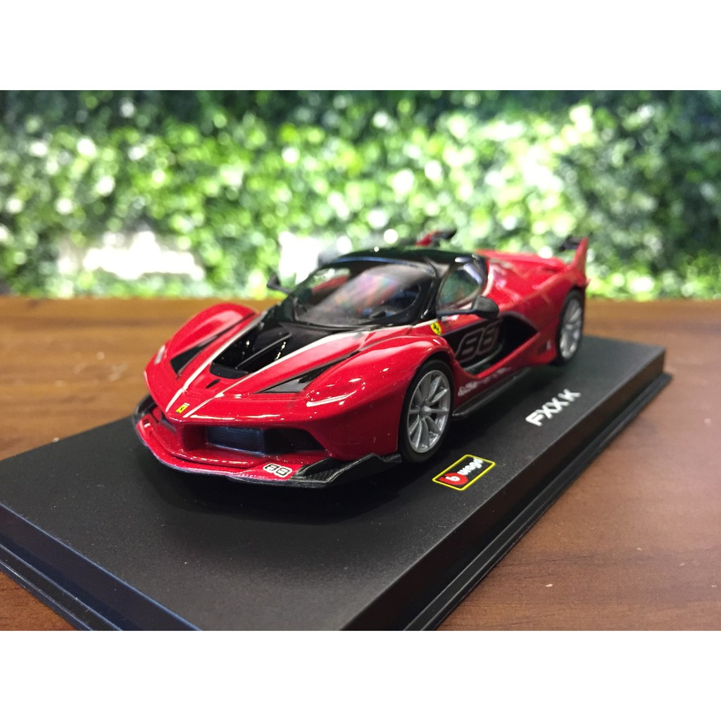 Signature Ferrari La Ferrari 2013 Red 1:43 Model BBURAGO