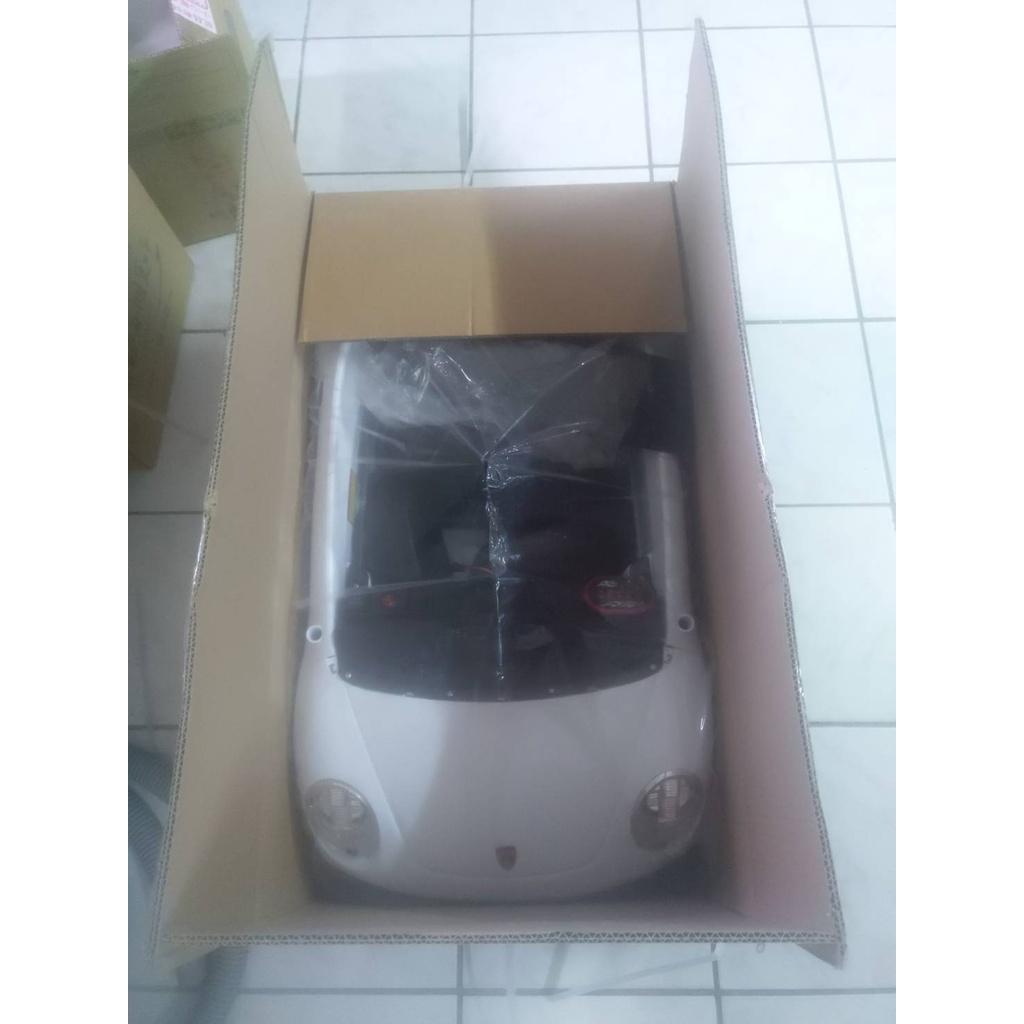 好奇超跑電動車 白色 生日禮物 兒童節禮物 聖誕禮物  兒童騎乘玩具