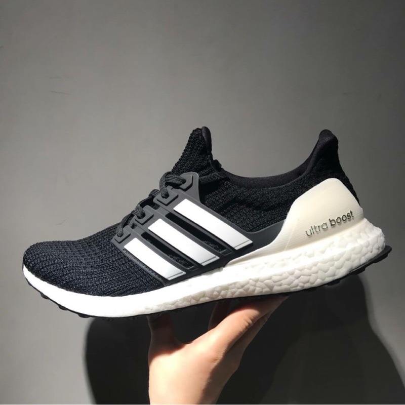 new style 1e763 48476 『小蘑菇日本走跳~購』現貨 adidas UltraBoost 4.0 Show Your Stripes AQ0062