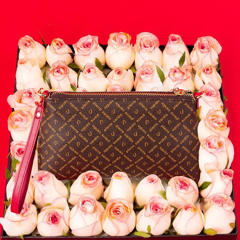 δ低價促銷Φ皮爾卡丹女士手抓包多功能簡約零錢包大容量時尚字母壓花手拿包
