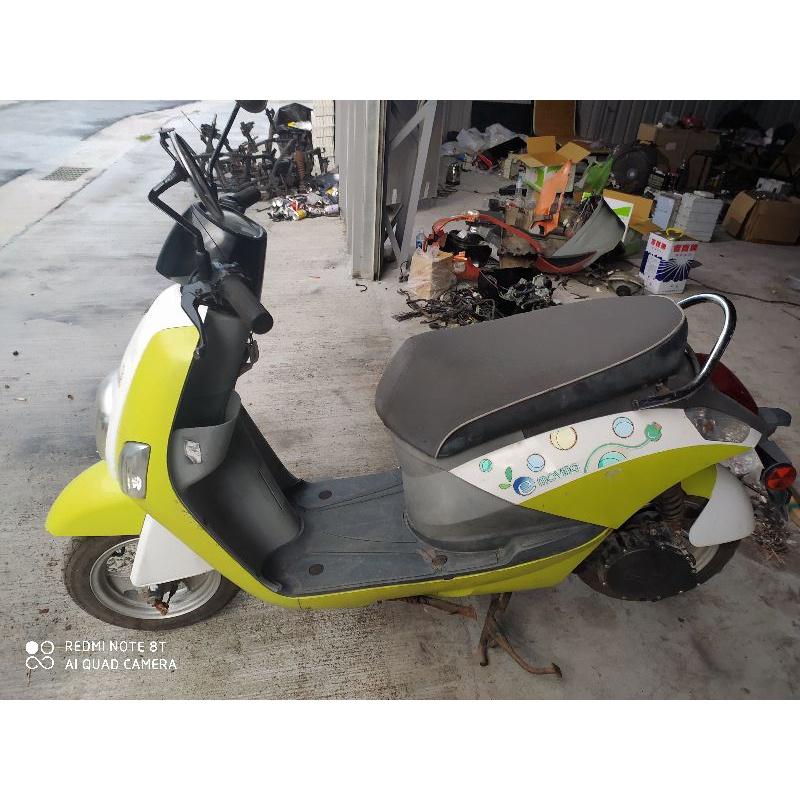 中華em-50電動機車,無牌,無電池,無充電器,功能一切正常,可以自己帶電池來測試