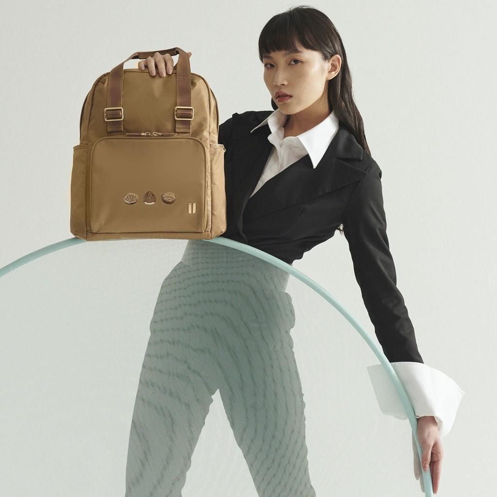 ☆SUMDEX☆人體工學設計 高級後背包 網路最低價 經典 後背包 時尚 都會 筆電包 真果 705TN-HN 褐色