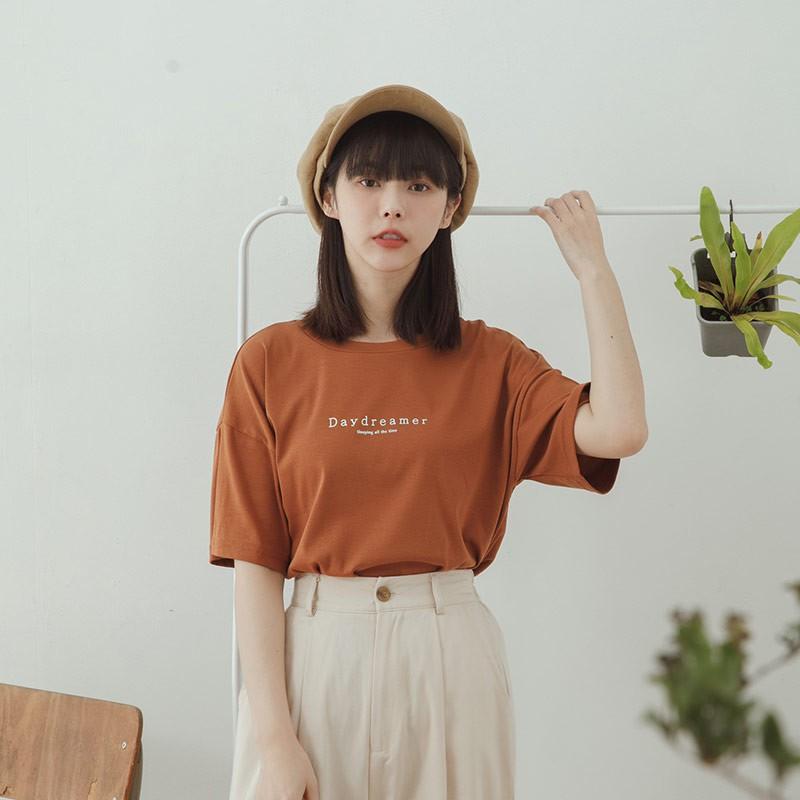 QUEENSHOP _S Daydreamer圓領棉質短袖上衣 兩色售 現+預【01038787】