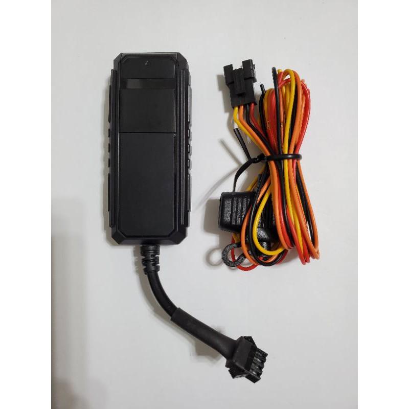 終生免平台費 免辦sim卡的4G版追蹤器 接車電源的 gps汽車機車挖土機出租車 追蹤器 定位器 防盜器 車隊監控管理
