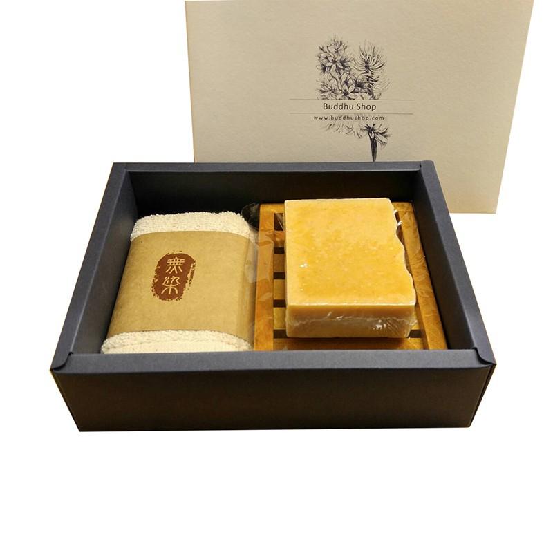 布度工坊 Buddhu Shop 印度秋薑黃皂 台灣檀木 無染毛巾 皂盤 手工皂 禮盒組