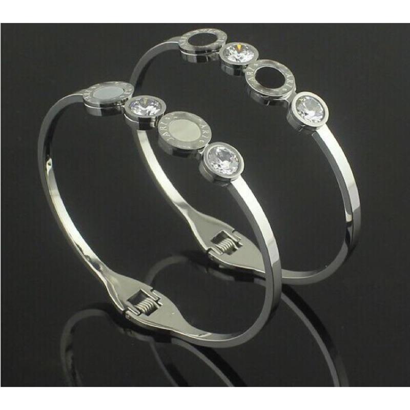 寶格貝殼鑲鑽銀色手環