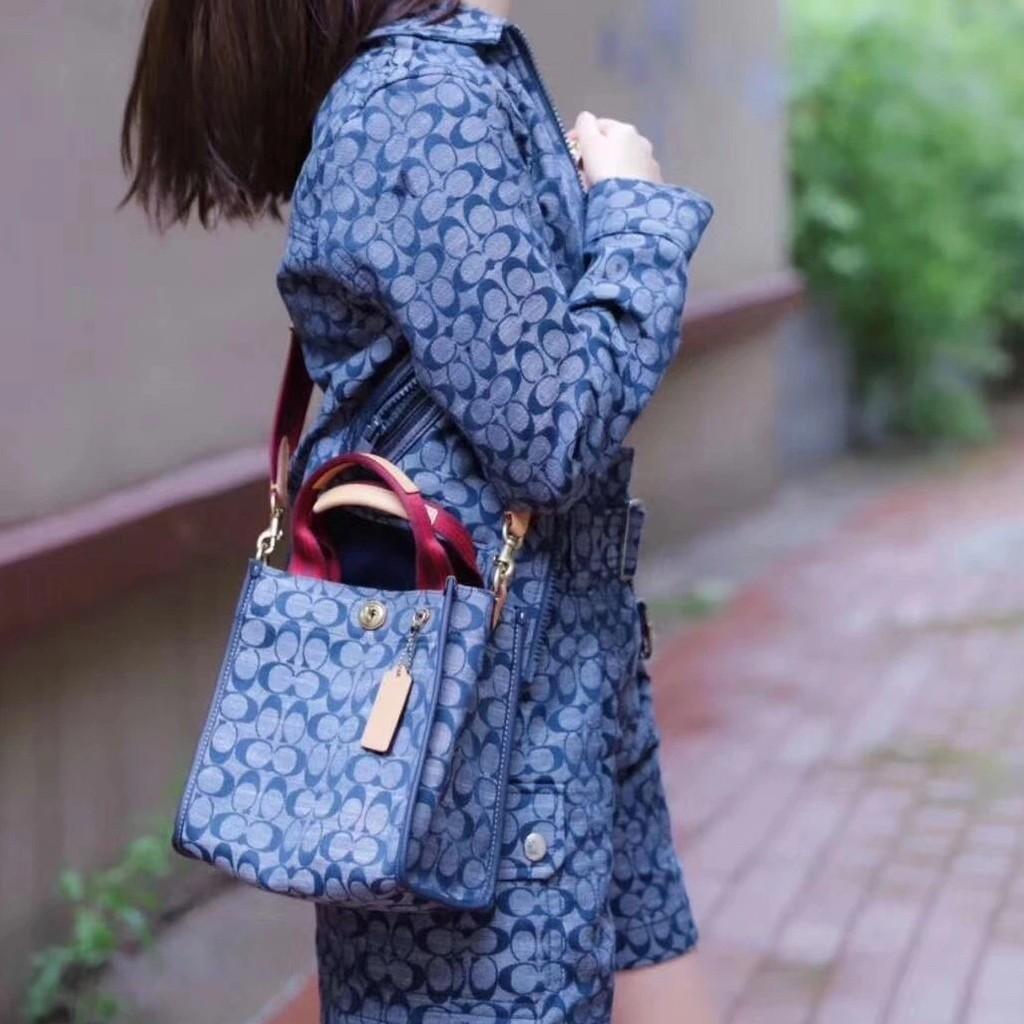 coach牛仔包 蔻馳斜背包 休閒帆布包 肩背包 牛仔藍 女包 托特包 手提包 精品包包