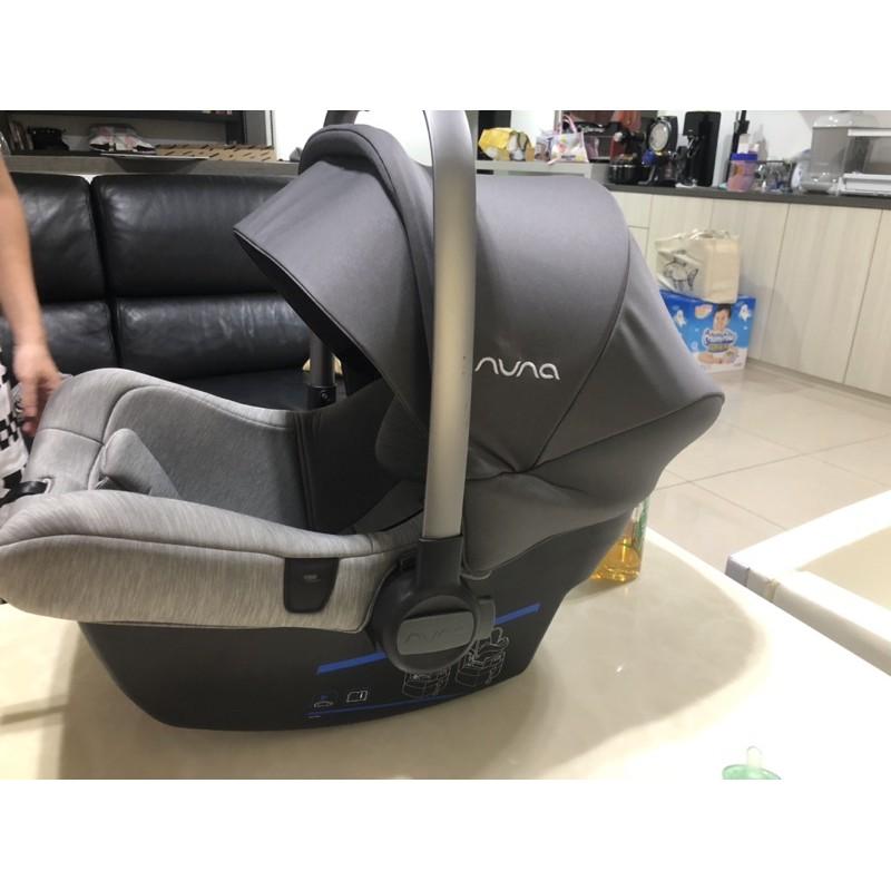 Nuna PIPA lite 提籃汽座(含底座)/ 提籃汽車安全座椅/新生兒提籃(經典灰色)isofix底座 附轉接頭